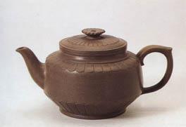 李昌鸿紫砂壶之菊壶
